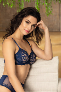 Dressing Floral Full Cup Bra in Blue