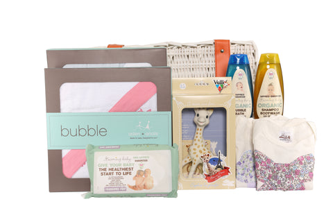 HCelebrate the Arrival of a Newborn with a Baby Gift Hamper