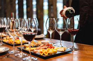 Six Tips for a Successful Wine Tasting