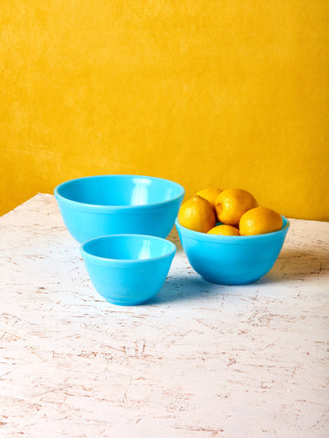 Milk Glass Mixing Bowls: Set of 3: Blue