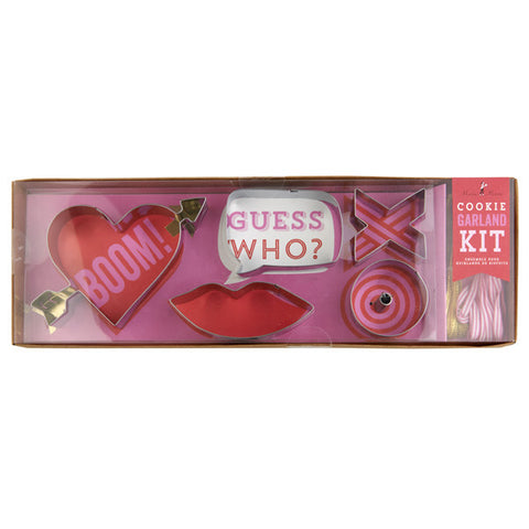 Cookie Cutters: Valentine Hugs & Kisses Cookie Garland Set