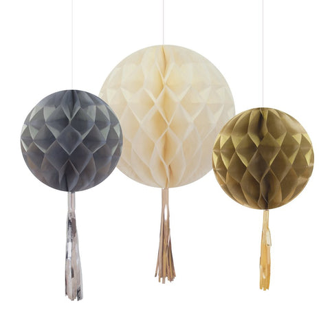 Honeycomb Decorations: Metallic Tassel