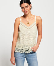 Amanda Cami Top Womens