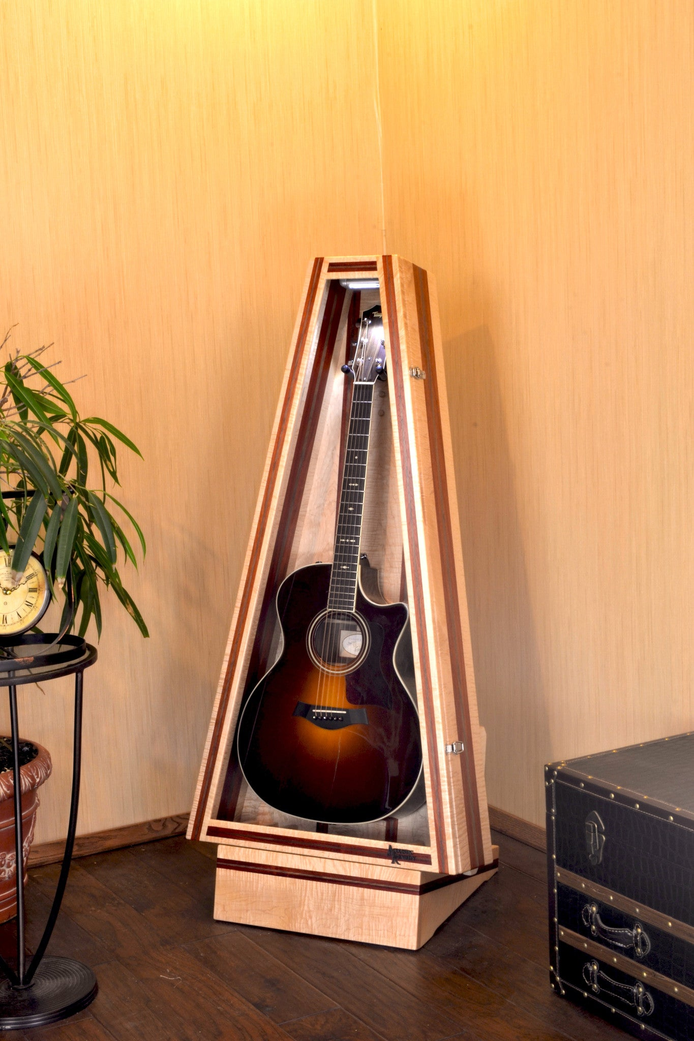 Free Standing Humidified Guitar Display Case Flamed Maple