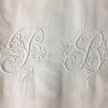 Susan Smith - Monograms and Simple Crewel Embroidery