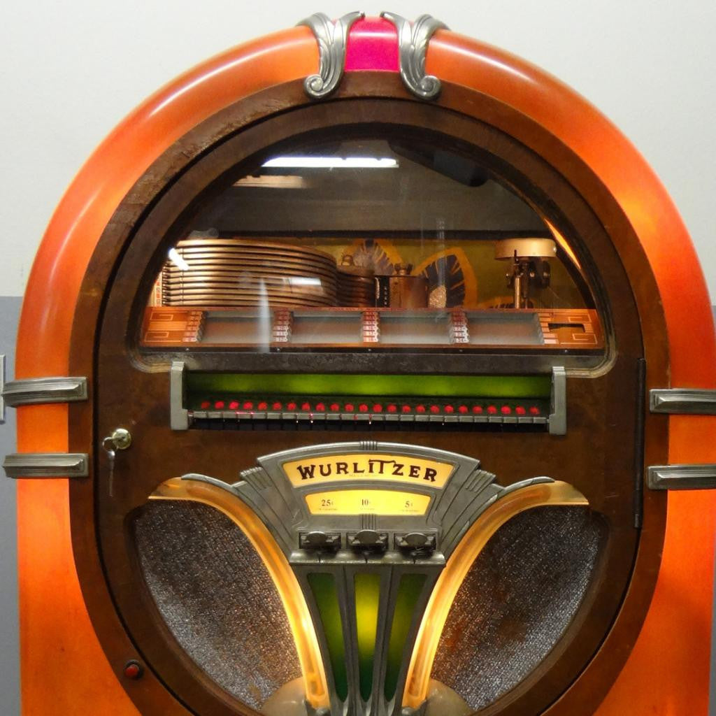 WURLITZER 750 JUKEBOX (78s) Coin Operated. 1941