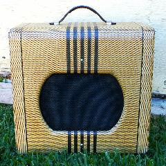 Vintage Valco SUPRO TWEED Guitar Tube Amp - Comet Model