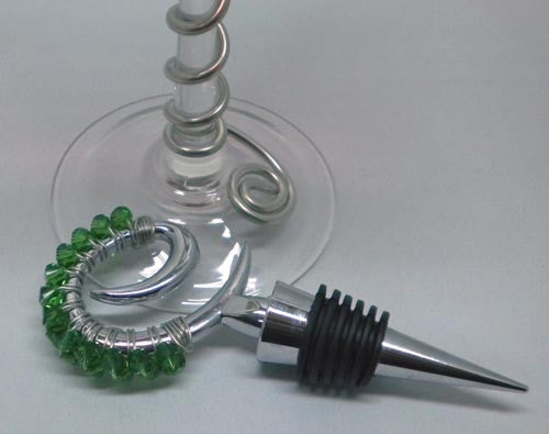 Wine Bottle Toppers: Embellished wine bottle stopper with Swarovski Crystals.