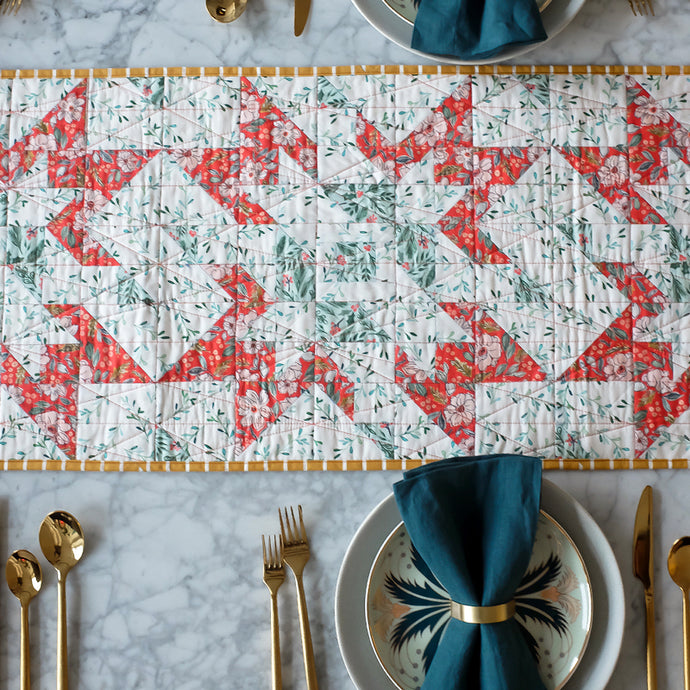 Poinsettia Star Table Runner Quilt Pattern