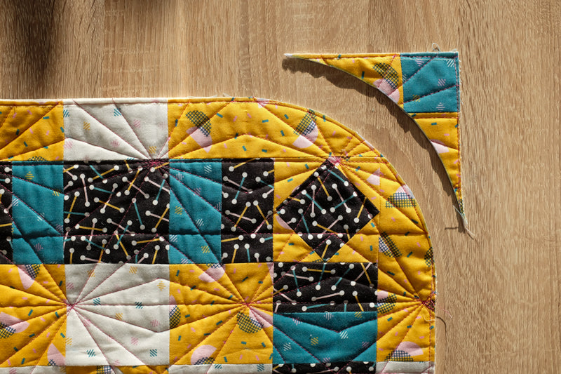 The Weekend Quilter_How To Make Rounded Quilt Corners Tutorial Step 3