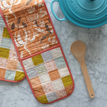 Load image into Gallery viewer, The Weekend Quilter Handmade One Size Fits All Quilted Double Oven Glove Mitts in Harvest