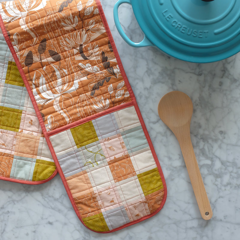 The Weekend Quilter Handmade One Size Fits All Quilted Double Oven Glove Mitts in Harvest