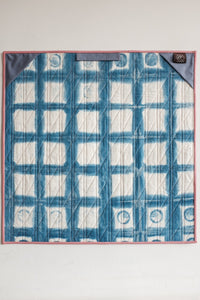 Interlocked Wall Quilt in Rose