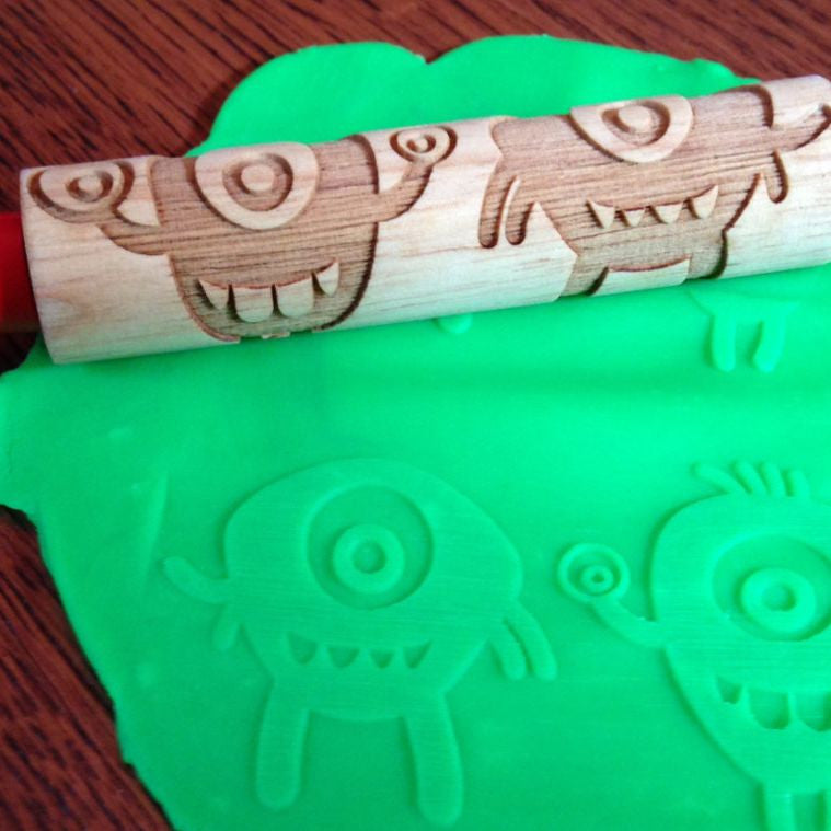 Alien Laser Engraved Rolling Pin - Accessories for dough and clay