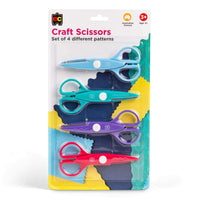 Package with 4 pairs of scissors