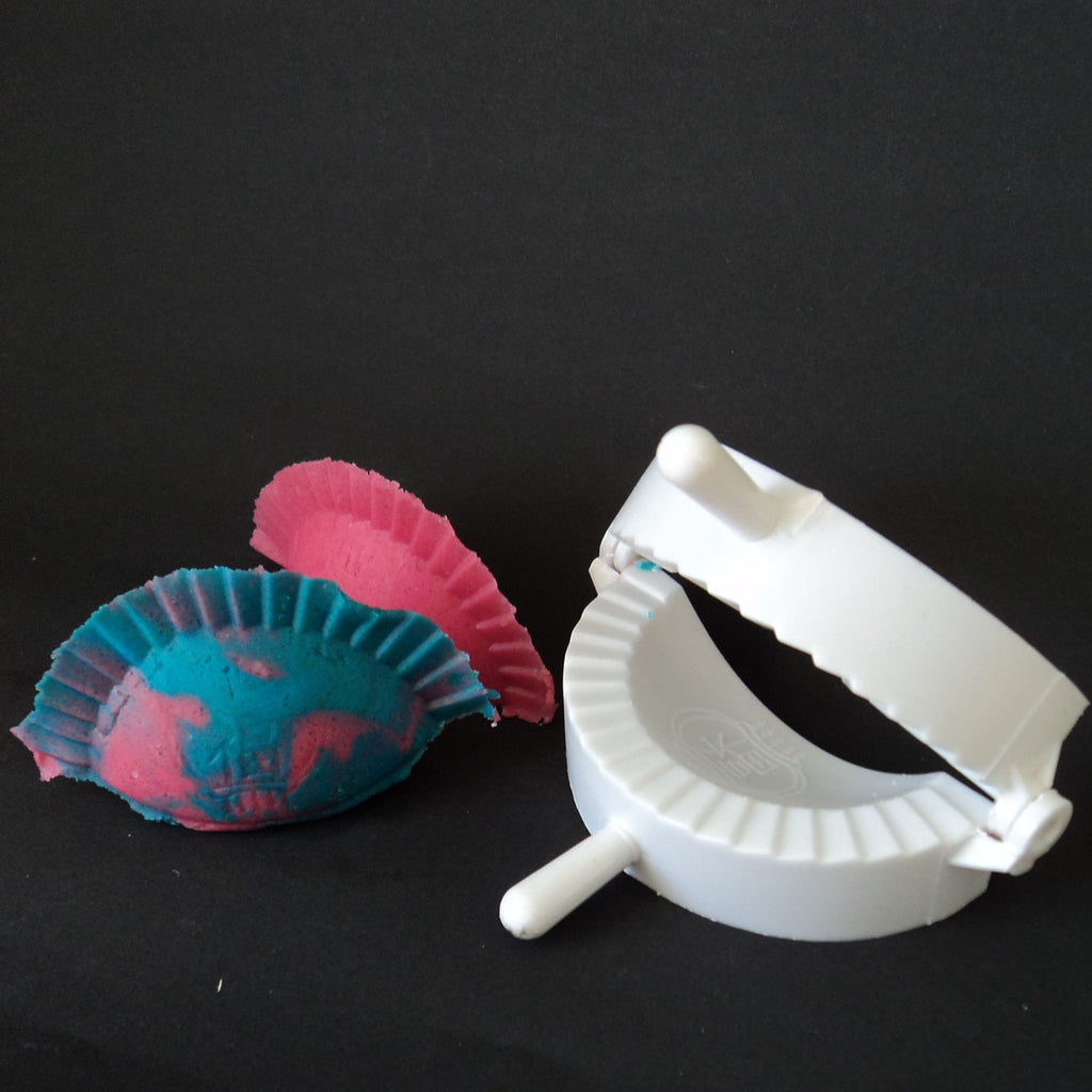Dumpling Press - Accessories for dough and clay