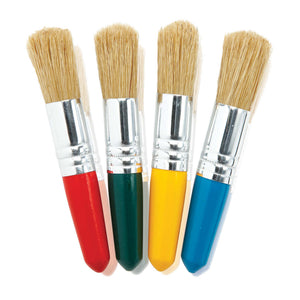 4 short paint brushes