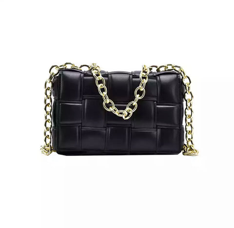 Quinn Black Quilted Bag