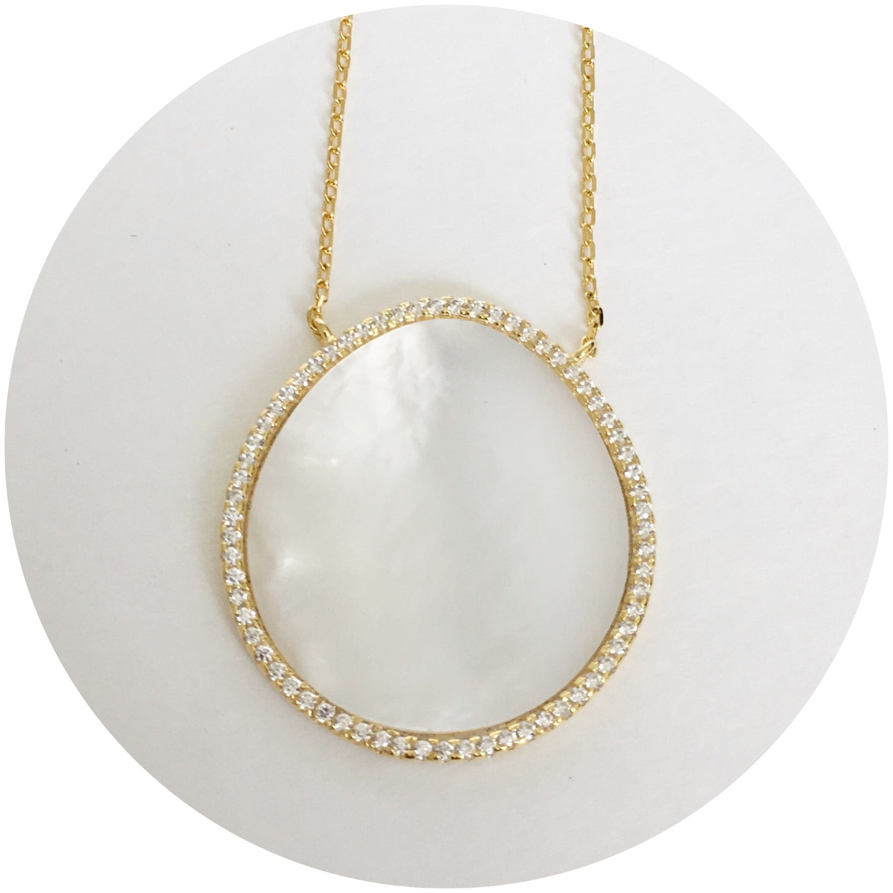 Mother of Pearl Pavè Gold Oval Necklace