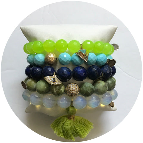 Naxos Chic Arm Party