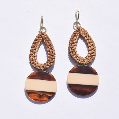 Dominica Raffia and Acrylic Earrings - Oriana Lamarca LLC