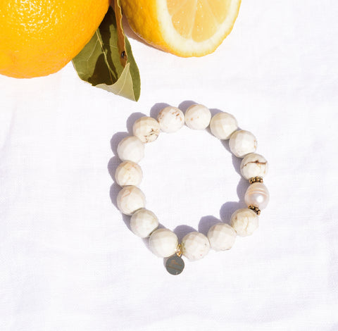 White Magnesite with Freshwater Pearl