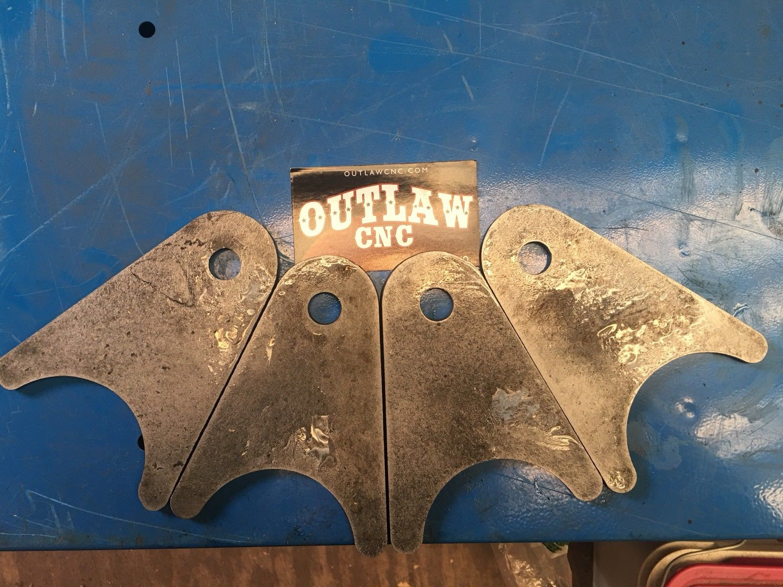 4) Axle tabs or Brackets for 3 Link, 4 Link, and Air Ride