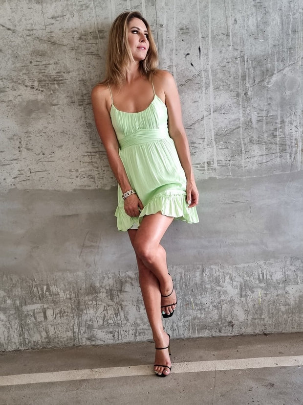 1-62235BK43.APP-Apple-green-Dress-Lover-Live-curated-Live-clothing