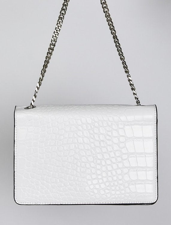 4-HB24-White-Bag-Rooney-shoulder-Billini-Live-clothing