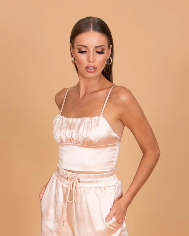 1-IC601-Nude-Top-Mariah-sasha-satin-Ivory-and-chain-Live-clothing