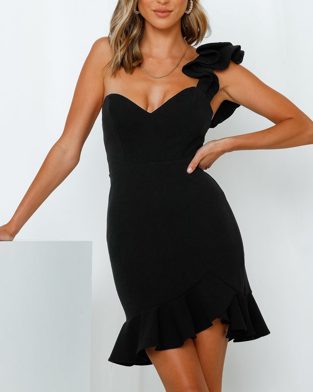 1-62615D-Black-Dress-Bella-Live-curated-Live-clothing