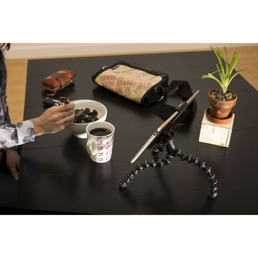Joby_GripTight_PRO_Tablet_Mount_with_GorillaPod_JB01395_15_RG1DJPQBFYCK.jpg