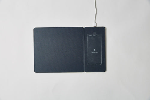 Pout_Hands3_Split_Detachable_Charging_Mouse_Pad_-_Midnight_Blue_POUT-02201MB_4_SDD5XI26ZS4F.jpg