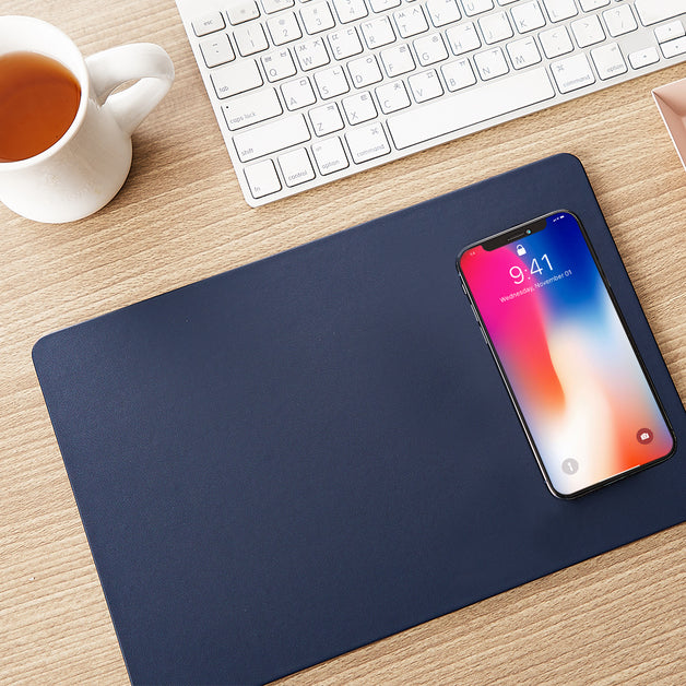 Pout_Hands3_Wireless_Charging_Mouse_Pad_-_Midnight_Blue_POUT-00801MB_3_SDD6IUPKT9RH.jpeg
