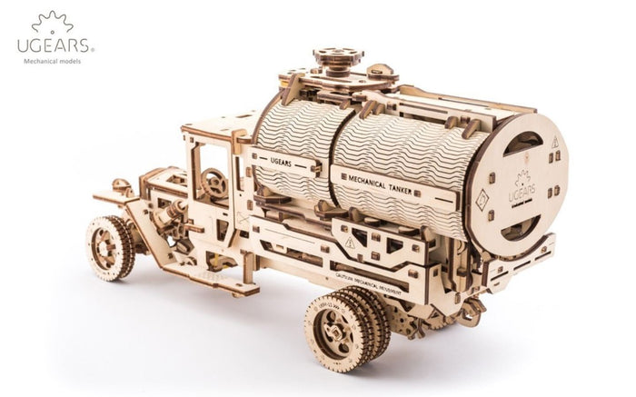 UGEARS_TRUCK_WITH_TANKER_120303_01_S5N3AUP8ASDY.JPG