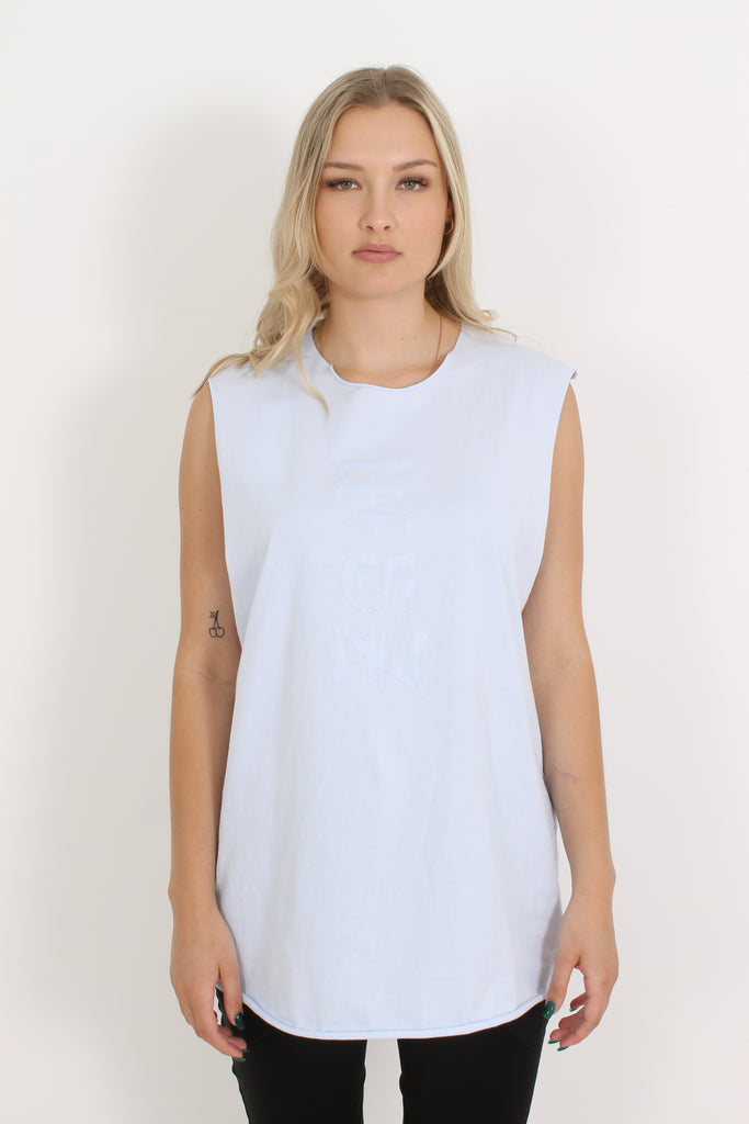 Zambesi Logo tank is a loose fitting tank with a crew neckline, shirt tail hem with raw edges and Zambesi logo on front and back. Super comfortable and stylish.  100% cotton Delicate hand wash Made in New Zealand