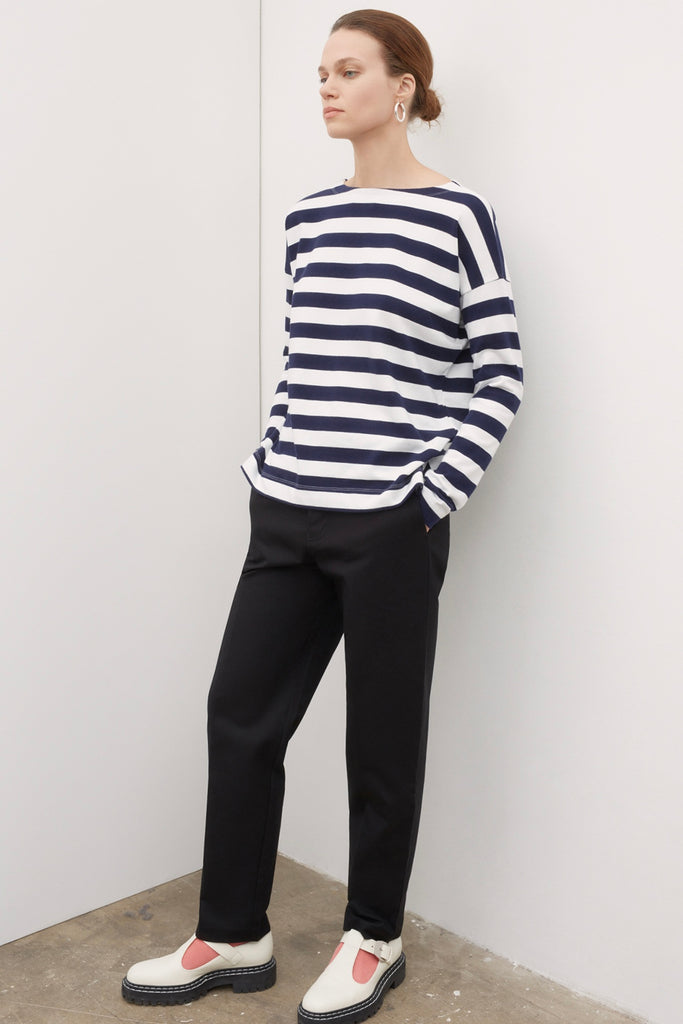 The Breton Sweater has long sleeves, dropped shoulders, a slight boatneck and wide yarn dyed stripes. A loose fitting casual style that can cross over from work to weekends.   100% certified ethical organic cotton Cool gentle hand or machine wash