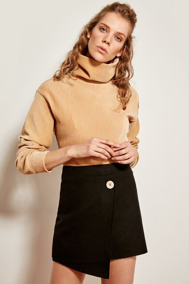 Button Detail Black Knit Skirt