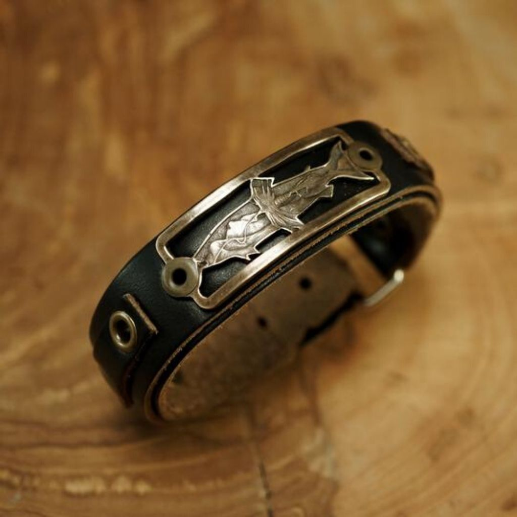 Cast of engraving by bill oyster and Sight line provisions collaboration black band bronze cast