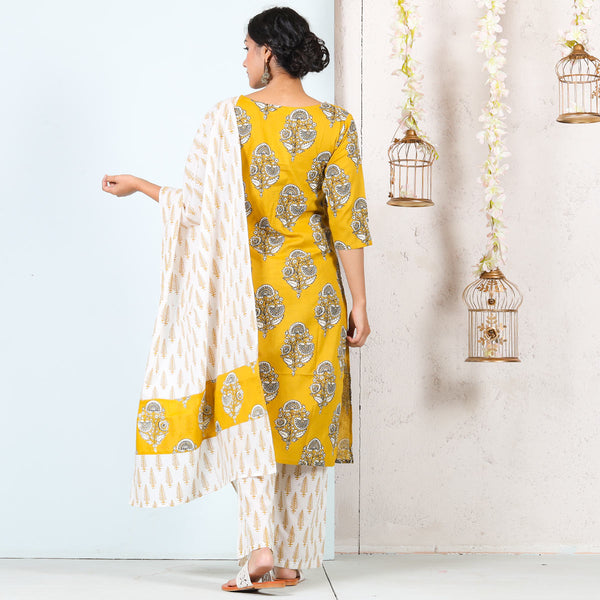 Yellow & White Buta Printed Kurta Set