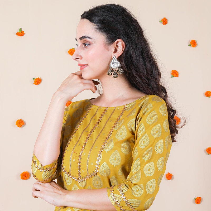 Yellow Festive Kurta Set with Dupatta & Gota Work