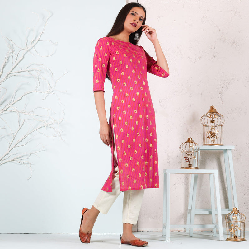 Magenta & Rust Kurta with Gold Buti Details