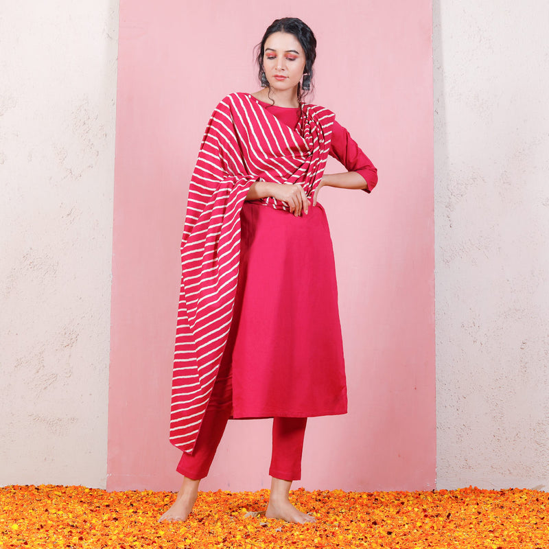 Magenta Kurta Set with Cigarette Pants & Dupatta
