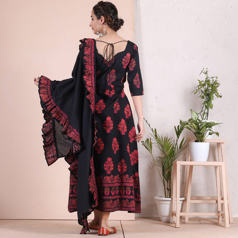 Black Printed Long Kurti with Black Dupatta