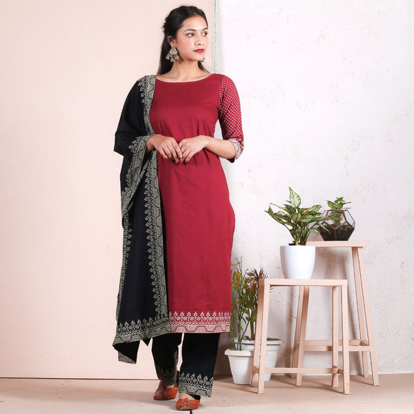 Maroon & Black Traditional Border Salwar Kurta & Odhna