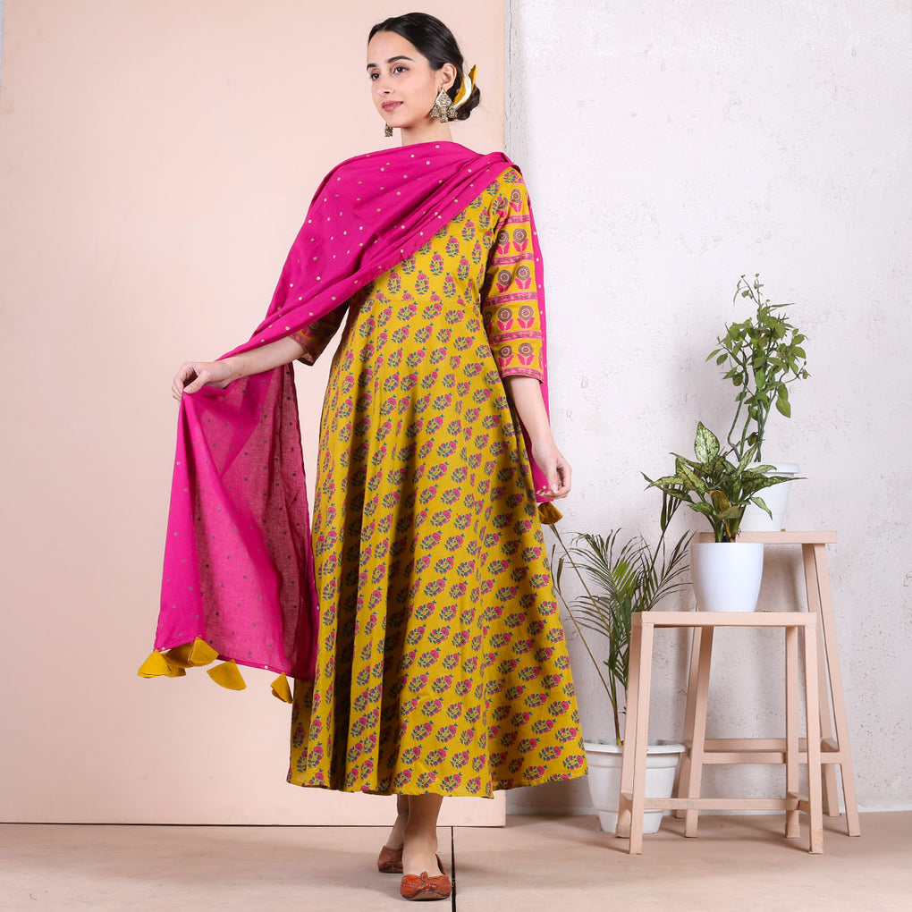 Yellow Floral Printed Long Kurti with Odhna