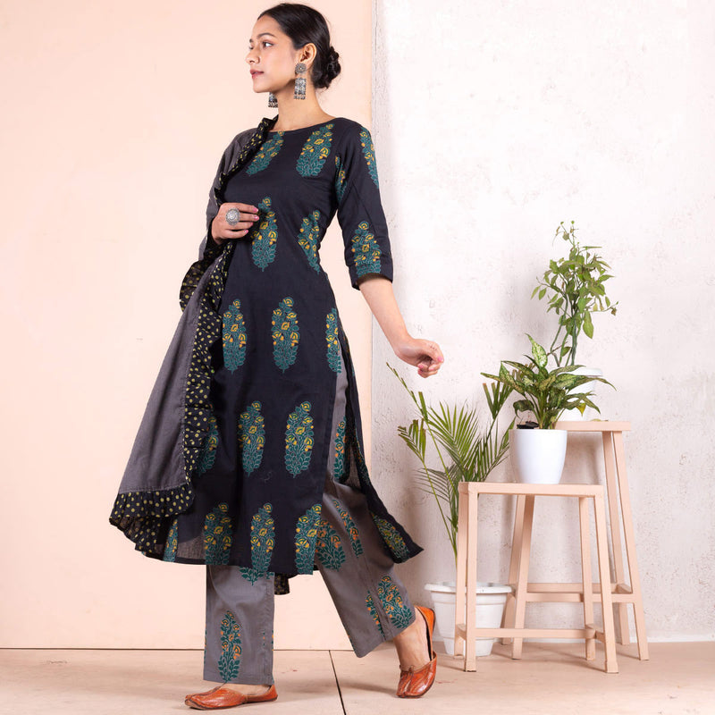 Grey & Blue Floral Salwar Kurta Set with Frilled Odhna