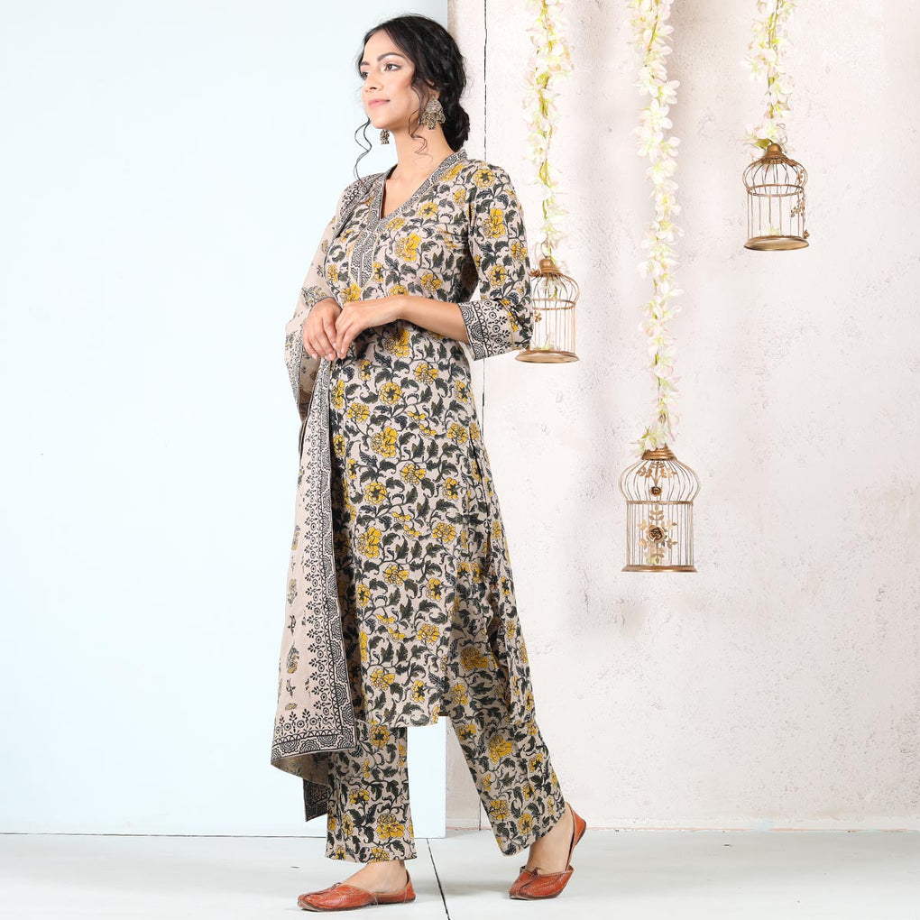 Beige Baagh Printed Front Placket Salwar Kurta Dupatta Set