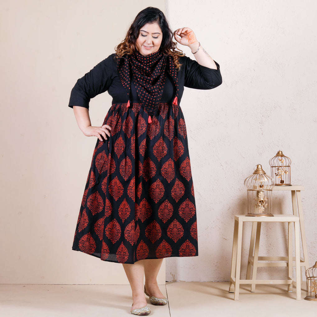 Black Buta Gathered Cotton Dress with Scarf Details - SOY