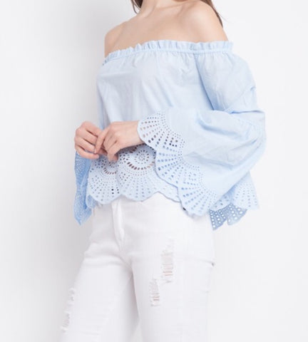 OFF SHOULER LACE CUT-OUT TOP